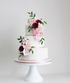 Elegant wedding cake #weddingcake #weddingcakephotos #cakeideas