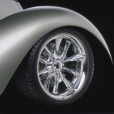 Chip Foose automotive design, custom cars, art and the Overhaulin' television show. Chip Foose, Rims For Cars, Rims And Tires, Baggers, Audi Tt, Ford Gt, Muscle Car Rims, Volvo, Volkswagen