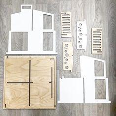 """85 To se mi líbí, 6 komentářů – @a.dollhouse.designs na Instagramu: """"It is starting to look a lot like a furniture warehouse  ... Все больше и больше это выглядит как…"""""""
