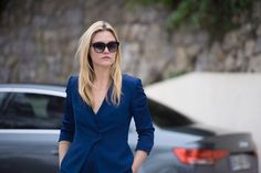 To be a Girl Boss, you've got to look like one - and Georgina does just that in this stunning deep blue blazer. Follow her lead and keep your sunglasses on at [i]all[/i] times.