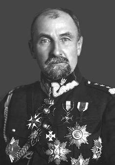 Tadeusz Rozwadowski by olgasha on DeviantArt.Tadeusz Jordan-Rozwadowski Polish military commander, diplomat, and politician, a general of the Austro-Hungarian Army and then the Polish Army. Poland History, Art History, Poland Ww2, Poland People, Imperial Russia, World War One, Military History, Armed Forces, Wwii