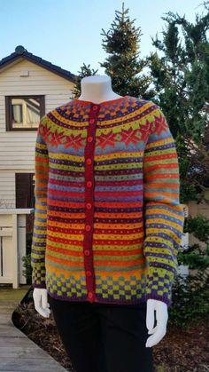 Oppskrift kan også kjøpes uten garn.. Oppskriften inneholder oppskrift til jakke og genser Garn: kauni Garnalternativ: G