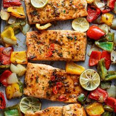 Salmon Recipes Discover Sheet Pan Chili Lime Salmon with Fajita flavours and a charred crispy roasted trio of peppers for an easy and healthy weeknight meal! Lunch Recipes, Seafood Recipes, Paleo Recipes, Cooking Recipes, Dinner Recipes, Dinner Ideas, Paleo Meals, Breakfast Recipes, Detox Recipes