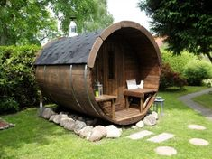 Barrel outdoor sauna for your backyard Saunas, Outdoor Sauna, Outdoor Decor, Barrel Sauna, Sauna Design, Building A Shed, Earthship, Shed Plans, Outdoor Projects