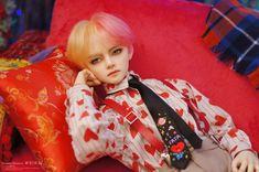 이야기2 - 재이&선호&화영 나는나 Anime Dolls, Bjd Dolls, Plush Dolls, Doll Repaint Tutorial, Taehyung Fanart, Enchanted Doll, Dark Anime Guys, Smart Doll, Creepy Dolls
