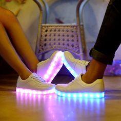 2014 Nuevo Moda de los amantes de par de sneakers Trainer Luz Led Sport Zapatos De Baile