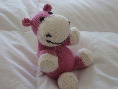 Sock Hippo Free Knitting Pattern PDF file http://www.scribd.com/fullscreen/48115636?access_key=key-1lw448aelscb4ermacom