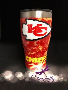 Kansas City Chiefs Hydrodipped Tumbler with or without Glitter Bling Vinyl Tumblers, Custom Tumblers, Coffee Tumbler, Tumbler Cups, Glitter Cups, Glitter Tumblers, Kansas City Chiefs Football, Tumbler Designs, That Way