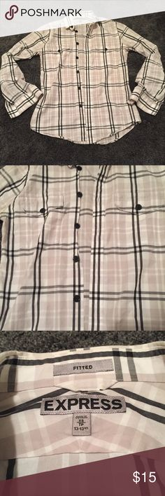 [Express] Men's Short Sleeve Button Down Plaid print. Size Men's XS. In excellent used condition! Express Shirts Casual Button Down Shirts