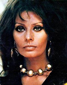 Sophia Loren - classic, classy beauty.