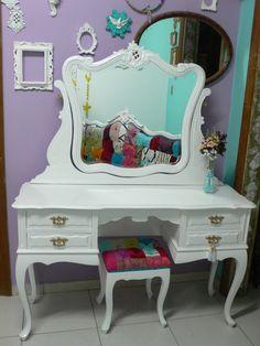 Ateliando - Customização de móveis antigos: Galeria Penteadeiras Antigas Penteadeira Samantha by Ateliando