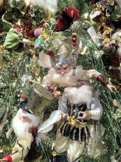 Mark Roberts - Elf Winter Wonderland Christmas, Christmas Fairy, Santa Christmas, Rustic Christmas, Christmas Wreaths, Christmas Decorations, Christmas Ornaments, Holiday Decor, Holiday Ideas