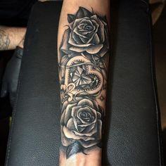 vine tattoos on side samoan tattoo artist tribal tattoos fo. - vine tattoos on side samoan tattoo artist tribal tattoos for guys shoulder jap - Cool Arm Tattoos, Upper Arm Tattoos, Trendy Tattoos, Leg Tattoos, Body Art Tattoos, Tribal Tattoos, Tattoos For Guys, Tattoo Forearm, Forearm Sleeve