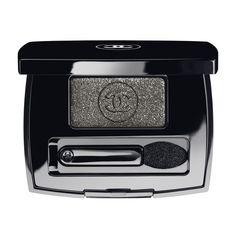 OMBRE ESSENTIELLE - Chanel OMBRE ESSENTIELLE cosmetic - EYESHADOW -... ❤ liked on Polyvore