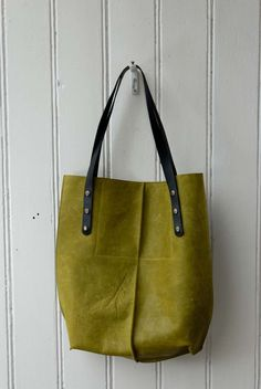 leather tote bag  / yellow oiled leather KP#1239