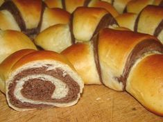 Nézd meg a Cookpad-en, hogy miket főzök! Bread Recipes, Cookie Recipes, Bread Dough Recipe, Hungarian Recipes, Exotic Food, Bread And Pastries, Bread Rolls, Bagel, Food To Make