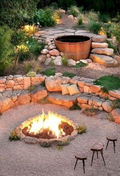 Most Popular DIY Backyard Design With Fire Pit Ideas You Need To Try – The fire pit does not have to be circular. This fire pit is slightly wider. Cozy Backyard, Backyard Seating, Ponds Backyard, Fire Pit Backyard, Backyard Ideas, Oasis Backyard, Firepit Ideas, Backyard Designs, Pool Ideas