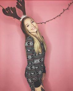 Why isn't there a reindeer emoji?