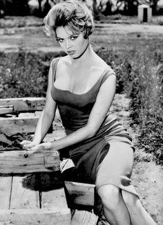 meganmonroes:  Brigitte Bardot in Une Parisienne (1957)