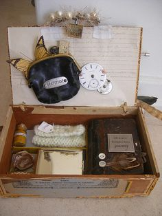 cigar box - love coin purse attatched to lid!