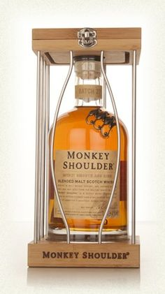 monkey-shoulder-cage-gift-pack-whisky.jpg 280×500 pixels
