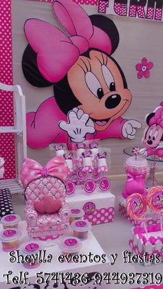 Bocaditos personalizados , centros de mesa. Minnie bebe Minnie Mouse Drawing, Alice, 40th Birthday, Baby Showers, Drawings, Ideas, Ideas Party, Parties Kids, Baby Shower Themes