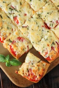 Fresh tomatoes and basil slathered with melty cheese, and layered on a crescent roll crust ~ the perfect versatile savory little treat. Enjoy Crescent Roll Tomato-Basil Squares for a party, lunch, brunch, or even as a tasty afternoon snack. Finger Food Appetizers, Appetizers For Party, Appetizer Recipes, Dinner Recipes, Crescent Roll Recipes, Crescent Rolls, Crescent Dough, Tomato Dishes, Vegetable Dishes