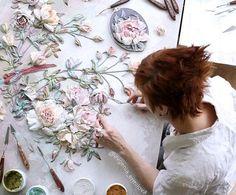 Plaster Crafts, Plaster Art, Sculpture Painting, Wall Sculptures, Pottery Painting Designs, Decorative Plaster, Mural Wall Art, Texture Art, Faux Flowers