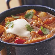 Slow Cooker Chunky Chicken Chili Recipe soups-and-stews Chili Recipes, Slow Cooker Recipes, Crockpot Recipes, Chicken Recipes, Cooking Recipes, Healthy Recipes, Yummy Recipes, Yummy Food, Crockpot Dishes