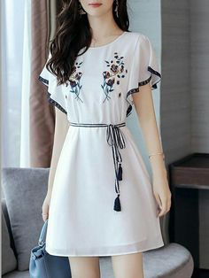 Fashionmia - Fashionmia Round Neck Embroidery Bowknot Chiffon Skater Dress Work outfits for dresses casual outfits classy fashions lovely 2019 fall dress outfits Stylish Dresses, Simple Dresses, Elegant Dresses, Casual Dresses, Short Dresses, Stylish Work Outfits, Eid Dresses, Casual Outfits, Dresses With Sleeves