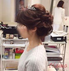清楚美人な花嫁さまの洋装和装3スタイル♡リハ篇   大人可愛いブライダルヘアメイク 『tiamo』 の結婚カタログ Wedding Hairstyles, Hair Styles, Weddings, Jewelry, Fashion, Moda, Bodas, Bijoux, Wedding Hair Half