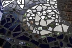 Broken Glass Projects: Do-It-Yourself Ideas For Reusing Mirror Shards