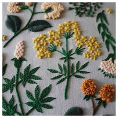 Spring mood 'Embroidery time of Himaguchi Yumiko' (published by Cultural Publishing Bureau) Sashiko Embroidery, Japanese Embroidery, Embroidery Fabric, Embroidery Fashion, Hand Embroidery Patterns, Embroidery Kits, Floral Embroidery, Embroidery Stitches, Embroidery Books