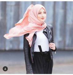hijab, muslim, and stylé image