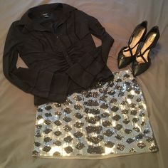 NWT express sequin skirt! Silver and black new express sequin skirt! All items in pic for sale! Express Skirts Mini