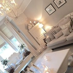Presents for you the best designs about shabby-chic living room ideas; farmhouse style, rustic, simple, romantic, etc. Shabby Chic Living Room, Living Room Grey, Home Living Room, Living Room Designs, Living Room Decor, Sweet Home, Front Rooms, Lounge Decor, Lounge Ideas