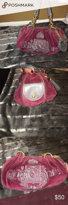 Juicy couture purse Used but is in perfect condition! 100% authentic Juicy Couture Bags Shoulder Bags