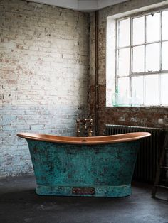 A true statement piece, it's hard to look away from the striking verdigris finish of the Copper Bateau by Catchpole and Rye.