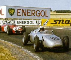 1961 GP Francji (Reims) Porsche 718  (#10 Jo Bonnier) & #50 Ferrari 156 (#50 Giancarlo Baghetti)