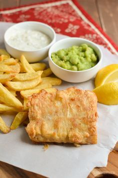 Low Carb Recipes To The Prism Weight Reduction Program Slimming Eats Best Ever Low Syn Fish And Chip Fakeaway Night - Gluten Free, Dairy Free, Slimming World And Weight Watchers Friendly Slimming World Fakeaway, Slimming World Dinners, Slimming World Recipes Syn Free, Slimming World Diet, Slimming Eats, Recipe For Fish And Chips, British Fish And Chips, Fisher, Sw Meals