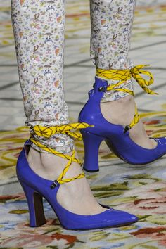 Vivienne Westwood at Paris Fashion Week Fall 2017 - Details Runway Photos
