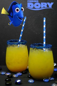 Disney has always been a favorite of kids of all ages and sea creatures are often depicted in some of their movies. Well, this summer make sure to make this Dory Virgin Punch. It is a kid-pleasing non-alcoholic punch that kids rave about. This drink is gr Kid Drinks, Non Alcoholic Drinks, Cocktail Drinks, Alcoholic Punch, Summer Drinks Kids, Candy Drinks, Cocktail Book, Fruit Drinks, Disney Cocktails