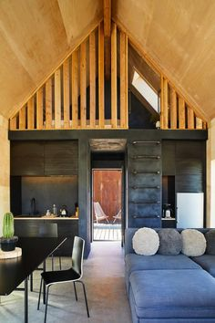 Architects: Cohesion Architecture + Design Studio Project: Off-Grid Cabin Location: Joshua Tree, California Year 2017 Photographer: Sam Frost Kitchen Designs Photos, Modern Kitchen Design, Kitchen Photos, Tiny House Movement, Steel Sheds, Off Grid Cabin, House Ideas, Tiny Cabins, Modern Cabins