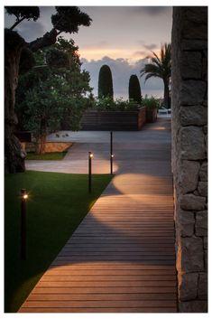 Garden Path Lighting, Outdoor Lighting Landscape, Landscape Lighting Design, Outdoor Garden Decor, Backyard Lighting, Outdoor Wall Lamps, Outdoor Walls, Bollard Lighting, Path Lights