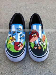 Kids Shoes Angry Birds Minion Soft Comfy Casual Indoor and Outdoor Slip on Foot