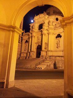 Santuario della Madonna di Monte Berico in notturna, a Vicenza