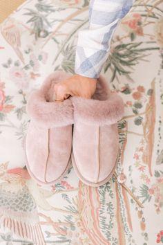 10 Cozy Christmas Morning Pajamas - Gal Meets Glam can find Pajamas and more on our Cozy Christmas Morning Pajamas - Gal Meets Glam Winter Slippers, Cute Slippers, Pink Ugg Slippers, Crocheted Slippers, Felted Slippers, Pajamas For Teens, Pajamas Women, Satin Pyjama Set, Pajama Set
