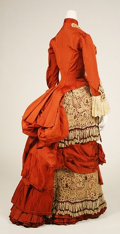 Dress -- Circa 1880 -- American -- Silk, cotton & glass -- Metropolitan Museum of Art Costume Institute 1880s Fashion, Victorian Fashion, Vintage Fashion, Victorian Dresses, Victorian Era, Fashion Mode, Moda Fashion, Antique Clothing, Historical Clothing