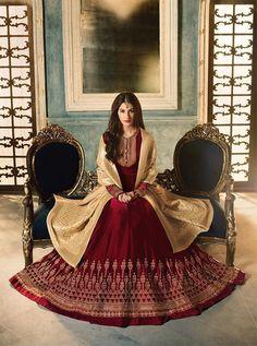 Get your best cloth materials and dresses from Narula Cloth House Textiles, Market Building, Bhubaneswar. Dresses Uk, Satin Dresses, Indian Dresses, Pakistani Designer Suits, Designer Anarkali, Anarkali Dress, Anarkali Suits, Party Wear, Party Dress