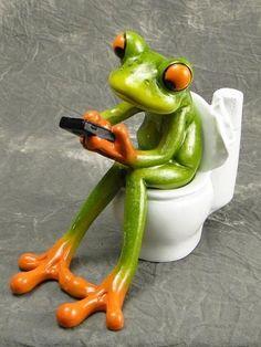 Dancing Cup Handbag Frog Figurines Green Resin Sculpture Desk Decor Frogs 35